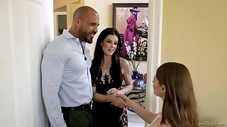 Unintended man fucks his wife India Summer and her BFF Alice March