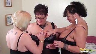 Auntie Trisha Lesbian Party Deprecate