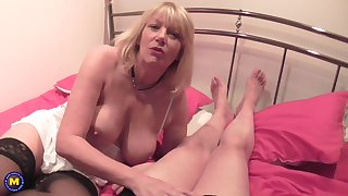 Blonde mature amateur with unsparing boobs having fabulous fucking