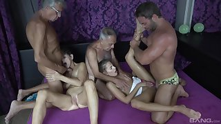 Hot granny craves be beneficial to these several fat dicks in her airless holes
