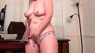 Mature chinese masturbate shows