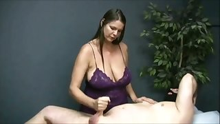 Turned me first of all watching that buxom masseuse jack off her client first of all camera